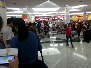 A lot of people were lining up in front of Chatime