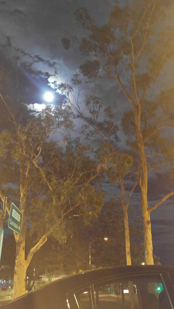 Super Moon@Mount Gravatt Lookout