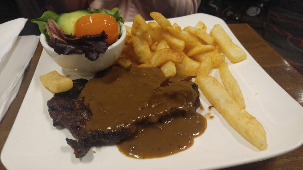Steak Monday @Calamvale Hotel